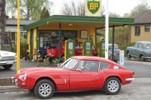Ulfs Triumph GT6 i gott sällskap i Harlösa.