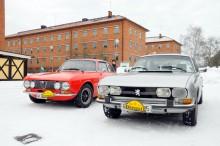 Två 70-talscoupéer med italienska rötter. Lars Knafve har ägt sin Peugeot 504 Coupé -73 sedan 1983. Fyrcylindrig och svensksåld, precis som Alfan.