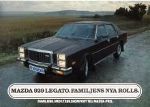 Grillen på 929 ser mer ut som Mercedes än Rolls. Broschyrbilden ser ut att vara tagen i all hast, i ösregn och med torkarna på högfart.