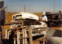 Vingar plockas från en Ford -52.