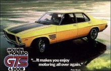 """1973 lanserade man även GTS350-paketet på fyrdörrars HQ Monaron, dessa var de sista som kom att byggas med Chevrolets 350""""."""