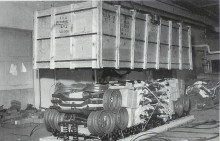 Så här såg bilarna ut när de kom till ANA, dessa delar skall troligen bli Plymouths.