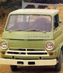 Barreiros tillverkade även Dodges USA-modeller från 1969, denna heter Barreiros 4255