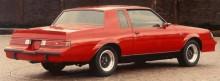 Grand National T-type i rött, prototyp från 1983 innan man valde att enbart göra bilarna i svart.