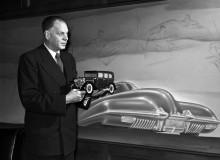 "Harley Earl i sitt ""Argonaut office"" 1948"