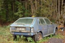Här är samma bil i oktober 2006 - fotograferad under en av Klassikers Sverigeresor. Lite mer komplett men redan då att räkna som uträknad.