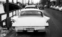 ...och Chrysler 1961 bak.