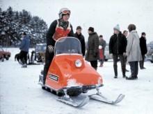 Tyrolerhatt och snöskoter!