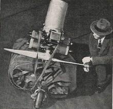 Så här nätt var Inflatoplanet i nedpackat tillstånd, bara och leta rätt på ventilen och börja blåsa... med bränsle och pilot vägde den lite över 300 kilo
