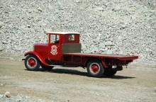 Denna Scania-Vabis, typ 3231 lanserades 1925 och bjöd på en hel del för dåtida lastbilar nymodihgeter som till exempel luftgummiringar. Kanske dessa bidrog till att detta välrenoverade exemplar fick göra tjänst i hela 23 år som distributionsbil vid Södertälje Bryggeri AB. Numera finns den i Scania museets samlingar.