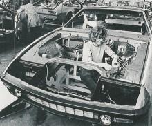 Bitter CD sätts ihop hos Baur 1973