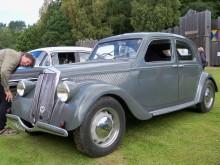 Denna Aprilia årsmodell 1939 dök upp på Lödöse museums motordag 2010