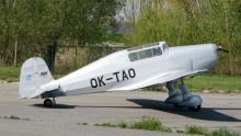 OK-TAO flygande replikan på originalet T-001.