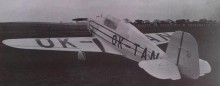 Tatra 101 flygkroppen delar en hel del likheter med 131, fast var ett lågvingat monoplan