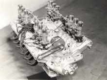 V12 motor var en vacker pjäs.