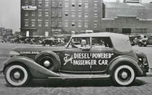 Världens i alla fall nästan första personbilsdiesel, en konverterad auburn av 1934 års modell.