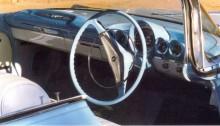 en annan bastard i sammanhanget, kanadabyggd högerstyrd Pontiac Laurentian, som fått en Chevrolet 1959 bräda.