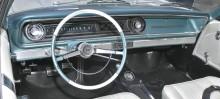 1965 Chevrolet Impala SS, märkligt nog gick man tillbaks i evolutionen med den här designen.