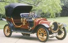 öppen Delanau-Bellville 1909 med karakteristiskt rund huv och kylare.