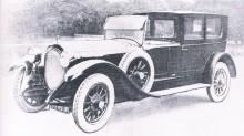 Delaunay-Belleville från 1924, den runda kylaren hängde med ännu. De ville karosseri  från Gaborit.