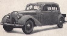 Det verkar inte existera några bilder på ursprungliga förkrigsmodellen R16 som kom 1936, troligen byggdes väldigt få. Med facelift 1946 såg den ut så här och något dussin lär ha byggts.