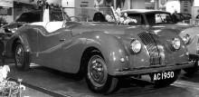AC 2 litre fanns som sedan, cabriolet och en Buckland tourer, drygt 1200 exemplar byggdes på tio år.