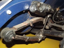 Franklin lade mycket stor möda på chassi och material, man var bland de första att skapa en riktig utvecklingsavdelning. Något märkligt är dock hellelliptiska fjädrar som var ganska utdaterade 1931, men placerade offset vid ramen för att kunna bygga bilen lägre.