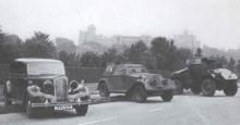 Kung George VI:s protection convoy med slottet Windsor i bakgrunden