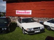 ...Volvo 780...