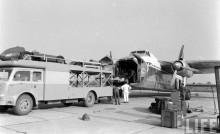 Scuderia Ferrari lastar ombord sin aracerbilar, Silver Citys flygplan chartrades för specialändamål också