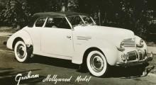 Och en möjligen två Graham Hollywood cabriolet.