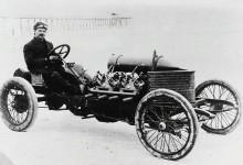 Den monstruösa Darracqen och Louis Chevrolet på Ormond beach 1906