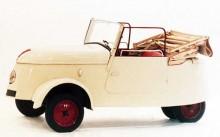 Den enda av de etablerade tillverkarna som satsade på små elbilar under krigsåren var Peugeto. VLV hette denna och gjordes i 377 exemplar 1941-42.