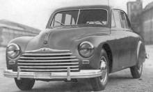 Och lillebror Cemsa F11, sju exemplar gjorda. För formen stod Bertone.