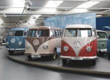 En busslast på VW-museet.