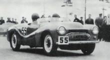 404 racer, motorn trimmades med bland annat hemitopp och man pressade ut drygt 60 hästar.