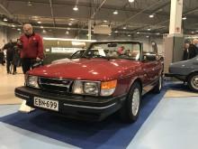 """En av de första Saab 900 Cabriolet – med den gamla """"trubbnosen"""". (Foto Filip Stén)"""