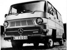 Mercedes Benz N1000 som senare blev N1300 som 1981 byttes ut mot den modernare Mercedes-Benz 100.