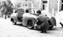 Så här byggdes den första Reimann-Porschen vid Lindners karosseriverk,  förhållandena kan sägas vara något spartanska.
