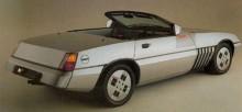 En elegant design,  bakdelen bär drag av samtida Cadillac Seville.  Ett av Waynes sista projekt som designchef var ju Cadillac XLR, och visst syns det var man tog inspirationen ifrån?