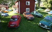 """Entusiasten som inte kan få nog av Saab 96: """"Alla borde prova en V4"""""""