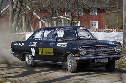 Karl Bertil Ling, Kolsva MS, under Kong Christian Race 2005. Bilen är en Opel Rekord.