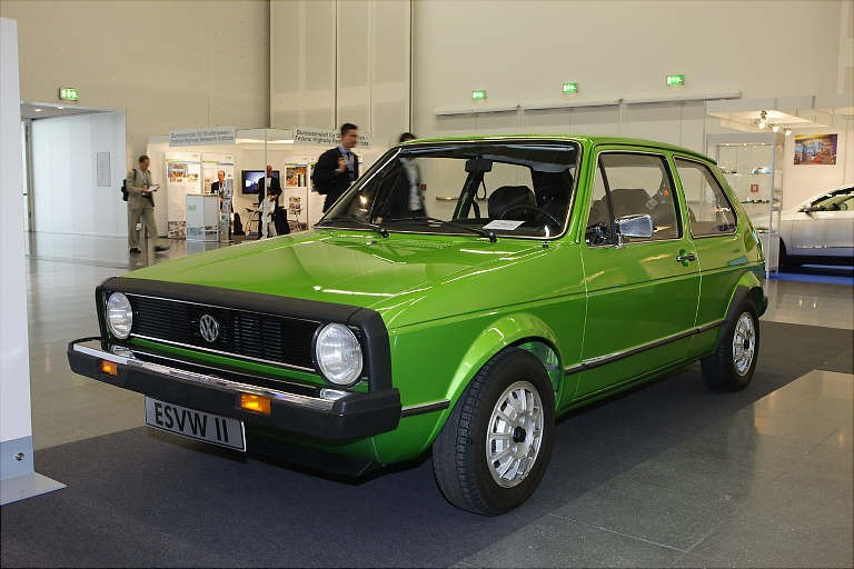 ESVW II föregick Volkswagen Golf och var förstås ett enormt steg frammåt vad gäller säkerhet jämfört med Bubblan.