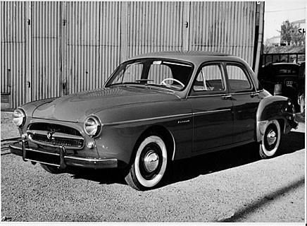 Fregate var ett försök av Renault att slå sig in på marknaden för stora bilar. Det gick inte mer än halvbra.