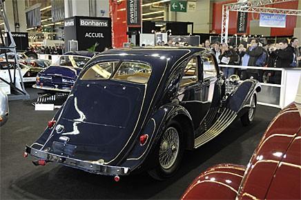 En annan Bugatti 57, denna med kaross av James Young, Bromley, England. Mycket vacker bil för mindre än 10 procent av vad Dr Carrs gamla Atlante coupé gick för! Under fyra miljoner….