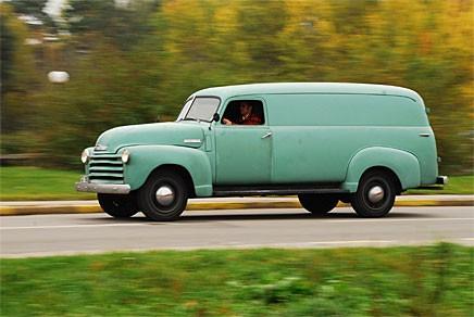 Christian Stadius firmabil har längden för sig: Chevrolet Panel Truck!