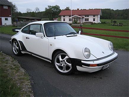 Porsche 911 Turbo -82 gick för 247 000 kronor.