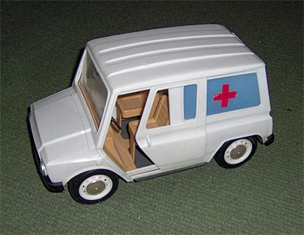 Tjorven slog aldrig som leksaksbil. Man undrar varför.