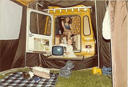 Postiljon får familj. Och råd att köpa TV.