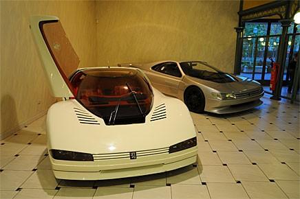 Peugeot Quasar från 1984 skulle visa att Peugeots designavdelning hade egen kompetens och inte behövde Pininfarina.